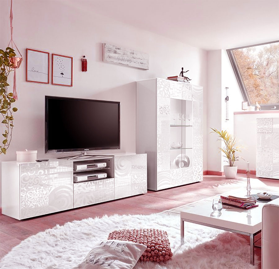 madie-porta-tv-a-roma